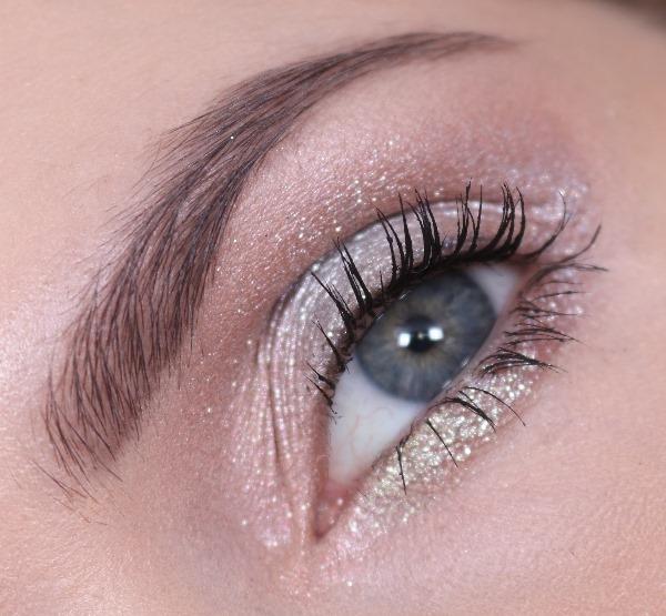 EyeshadowShinyPrettyThingsMAC15