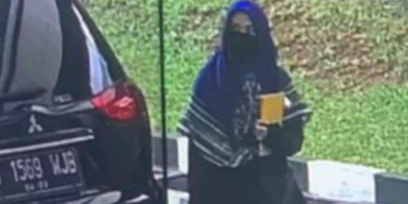 Polisi Cek Identitas Wanita Terduga Teroris yang Tewas Ditembak di Mabes Polri