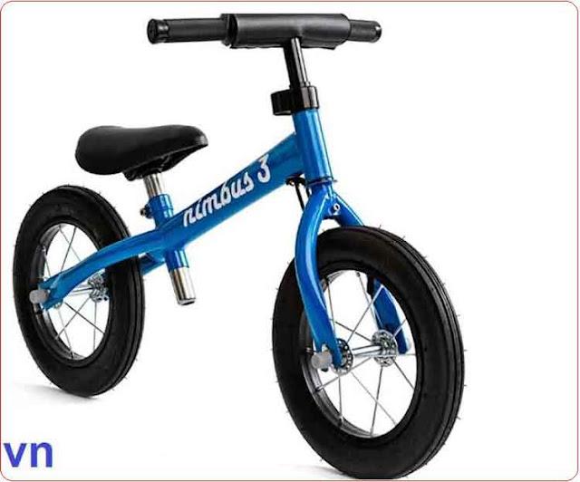 Xe cân bằng trẻ em Nimbus màu xanh