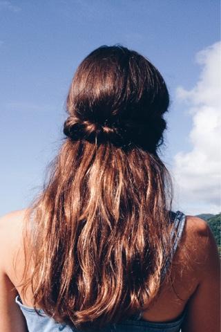 #flores #penteado #romântico #romântica #feminina #céuazul #editorial #flowers #updo #romantic #femine #ephemeral #dreaming #bluesky #flowersinherhair