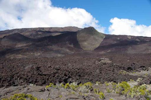 Coulée de type ʻaʻā.