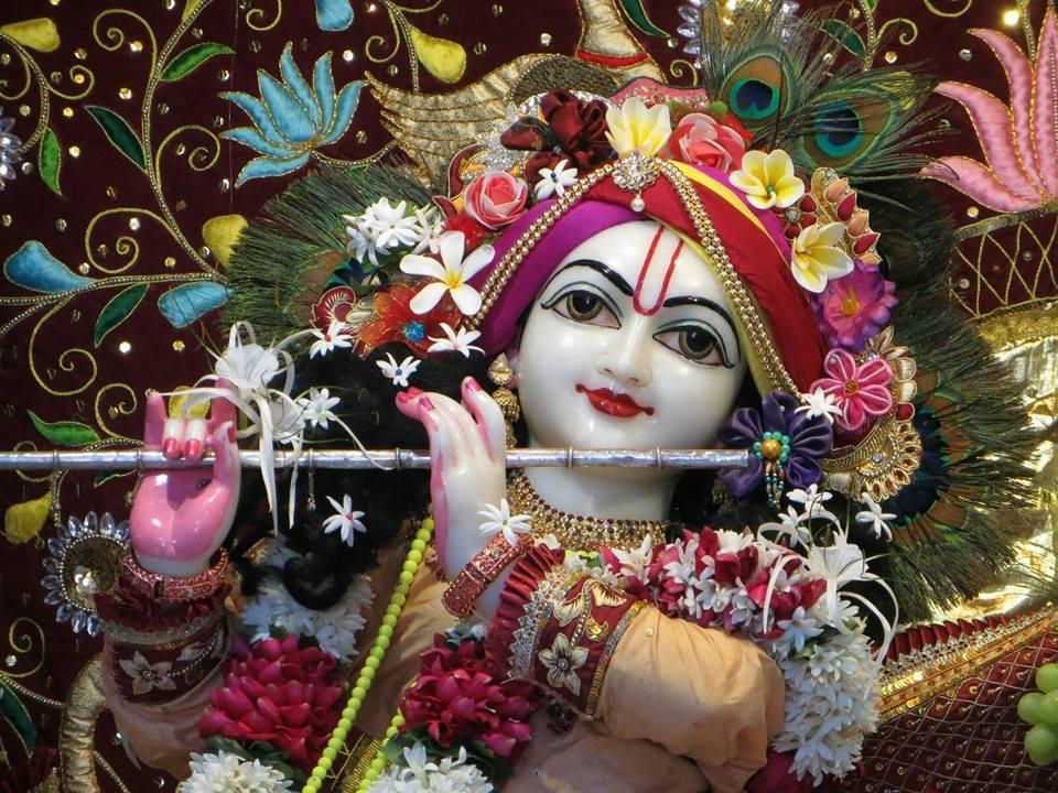 ISKCON Aravade Deity Darshan 18 Dec 2015 (3)