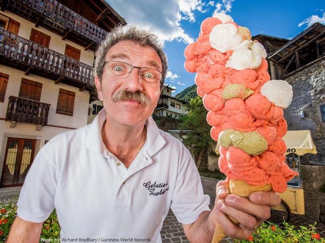 yang telah dibekukan menjadi rasa lembut dan lumer dengan teknik khusus Fakta menarik wacana es krim Untuk Menambah Pengetahuan