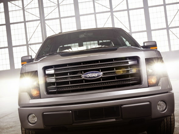 2014 Ford F-150 Tremor - Front Details