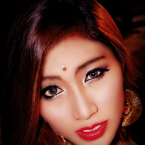 Asian Girl.. by Ian Gledhill - People Portraits of Women ( face, woman, asia, thai, people, women, She's got Betty Davis eyes, beautiful, , photography, closeup, close, up )