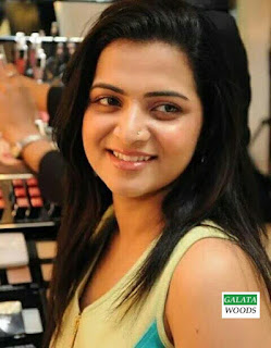 Dhivyadharshini DD After Marriage Photos Gallery Pictures Images Pics Gallery Wallpapers