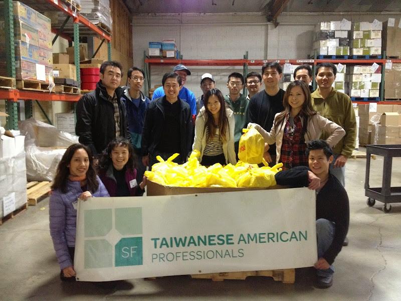 2012-12-15 Food Bank - IMG_3183.JPG