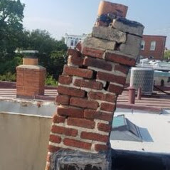 tuckpointing-old-chimney