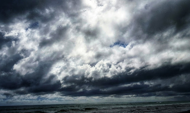 Photo of dramatic clouds over Te Horo Beach