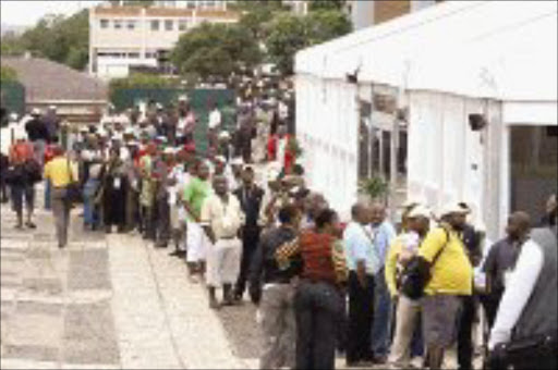 BALLOT POWER: Delegates to the ANC conference in Polokwane yesterday await their turn to cast their vote in a long queue on the University of Limpopo campus. Pic. Lucky Nxumalo. 18/12/2007. © Sowetan.