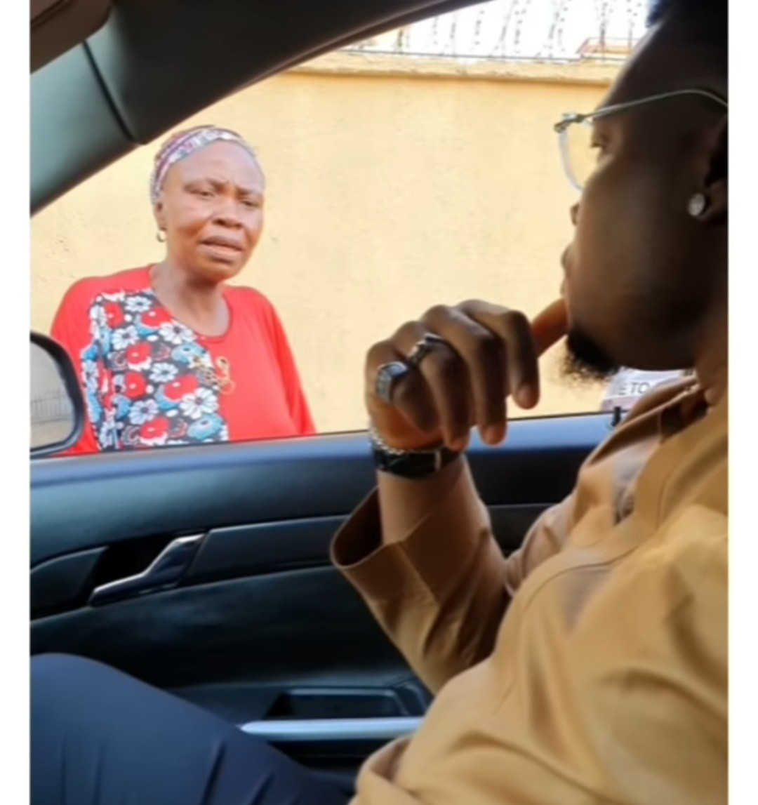 Gov Yahaya Bello's aide confronts woman he gave a furnished house who 'sold' everything in it and returned to beg on the streets with her kids (video)