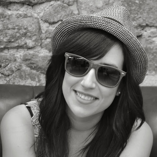 Nieves Santiago Photo 3