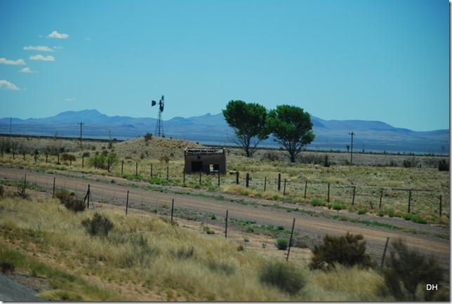 04-13-16 B New Mexico I10 Border Heading East (32)