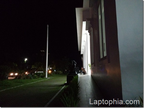 Hasil Foto Kamera Motorola Moto M XT1663