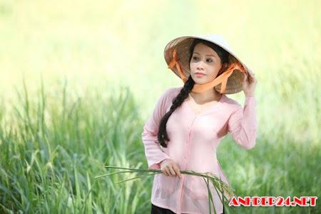 Áo bà ba truyền thống duyên dáng của những cô gái Việt Nam