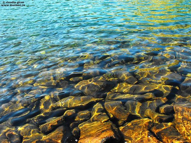 Lacul Bucura la apus de soare