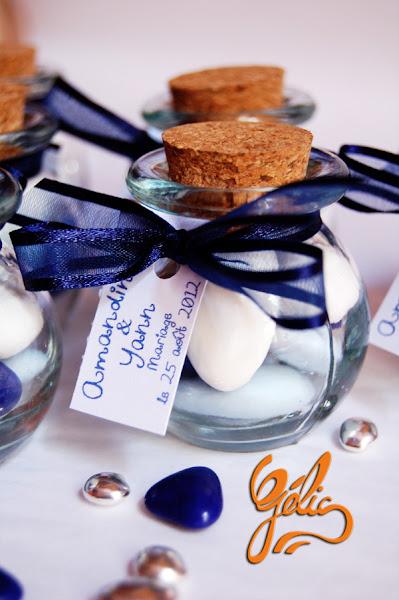 dragées-flacon-bleu-marine-ptte.jpg