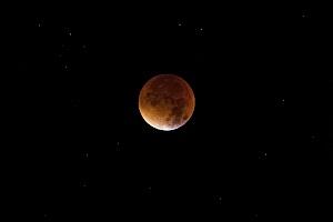 Cara Memotret / Ambil Foto Gerhana Bulan dengan Kamera Smartphone