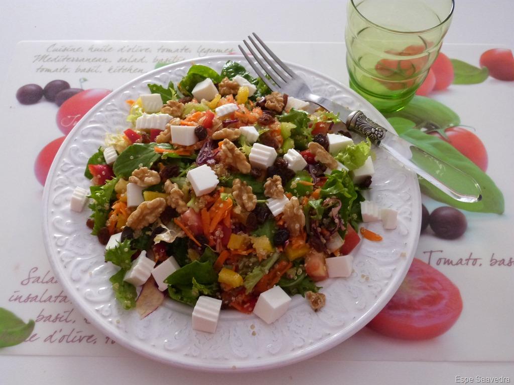 [ensalada+quinoa+nueces+espe+saavedra+%282%29%5B6%5D]