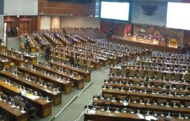 Asrinaldi Memprediksi: Amandemen UUD 1945 Voting Masa Jabatan Presiden, Oposisi tak Berdaya