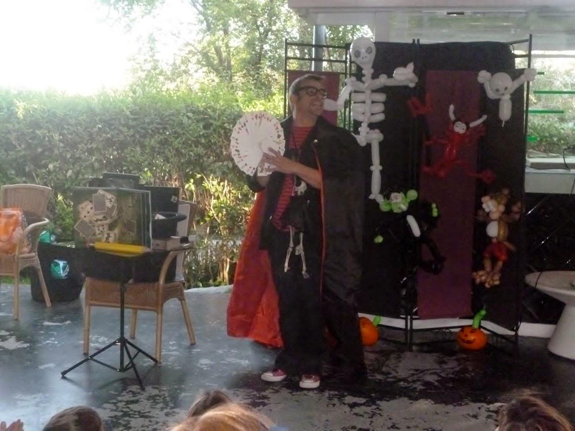 show-magia-restaurante-halloween