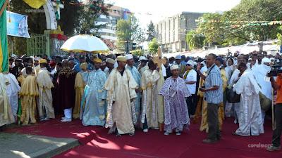 https://picasaweb.google.com/107982680471890298908/2013_Etiopia_TimkatFestival#5854862955163721362