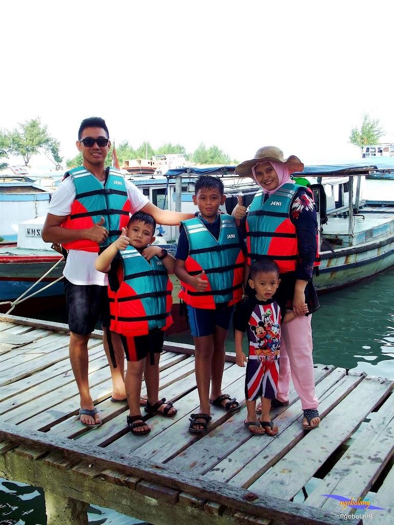 family trip pulau pari 090716 Fuji 100
