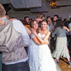 Wedding photographer Carl Dewhurst (dewhurst). Photo of 04.11.2017
