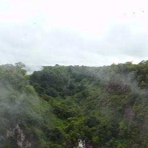 Panoramfoto op de brug/grens