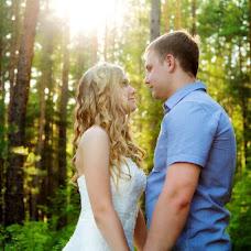 Wedding photographer Yana Baldanova (baldanova). Photo of 12.04.2016
