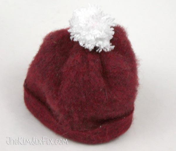 Pom pom santa hat