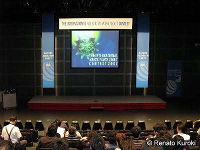 Auditório do International Forum, a ADA e Takashi Amano com o bom gosto de sempre.