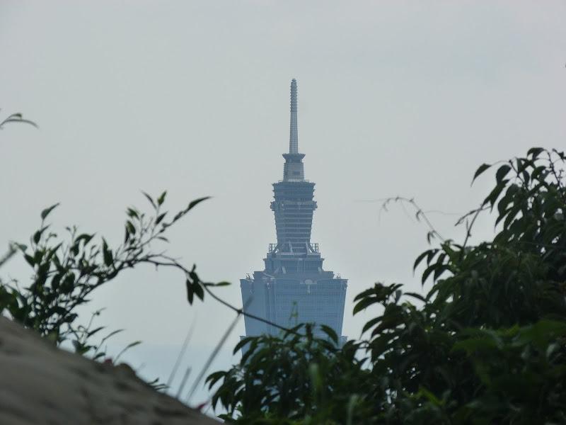Taipei. Si Shou Shan, et la découverte des maisonnettes du professeur Y I   易教授 - P1340827.JPG