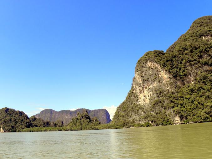 https://lh3.googleusercontent.com/-0i0cX6gDrw4/Up0AQPufrFI/AAAAAAAAEAg/36VAFOZNCbk/w677-h508-no/Tajlandia+2013+482.JPG