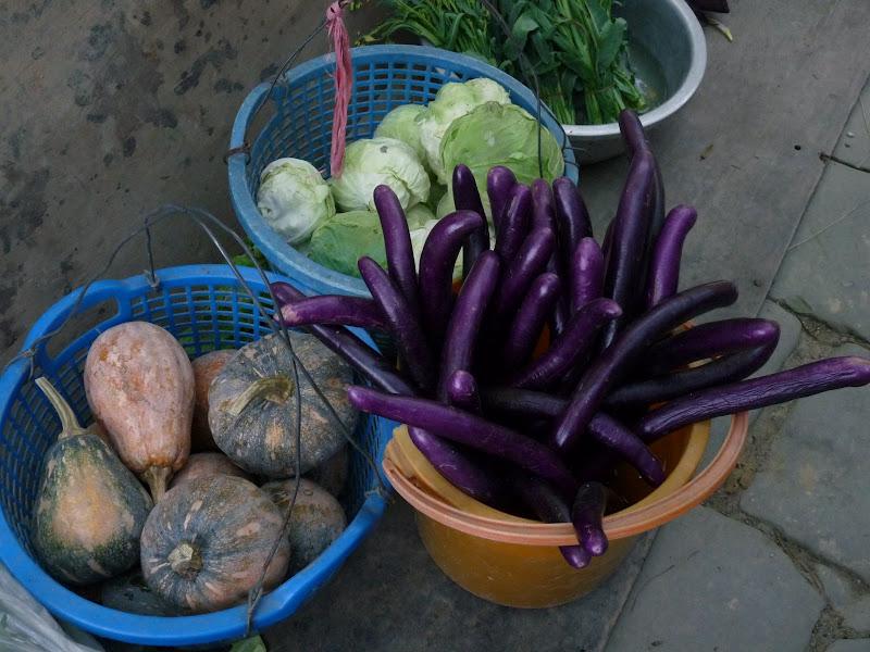 ce légume violet (une aubergine) est délicieux