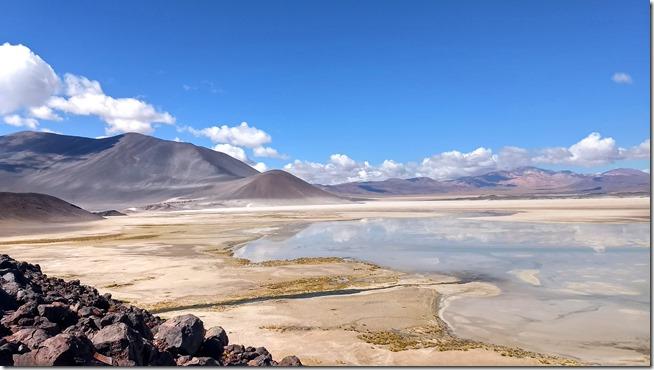 lagunas-Altiplanicas-e-Pedras-Rojas