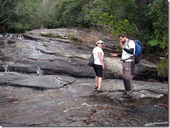 trilha-cachoeira-fumacinha-carrancas