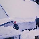 3)Shovelling roof 1960.jpg