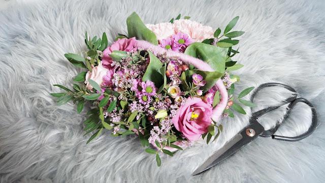 Unser Kleiner Mikrokosmos Blumen Herz Für Meine Freundin Ein