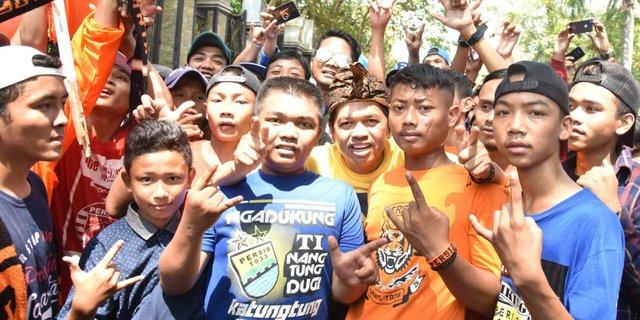 Alhamdulillah Supporter Besar Bobotoh dan The Jak kini Bisa Berdamai. Ini Baru Indonesia