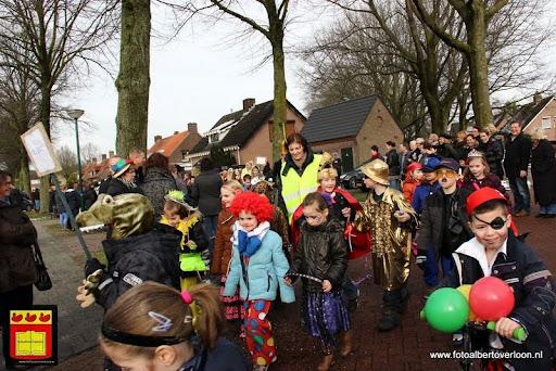 carnavalsfeest op school 08-02-2013 (30).JPG