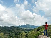 Wuih Ada Spot Buat Foto Keren neh, Watu Congol Lasem Rembang