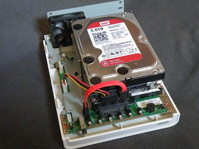 QNAP TS-212の2ベイにHDD増設