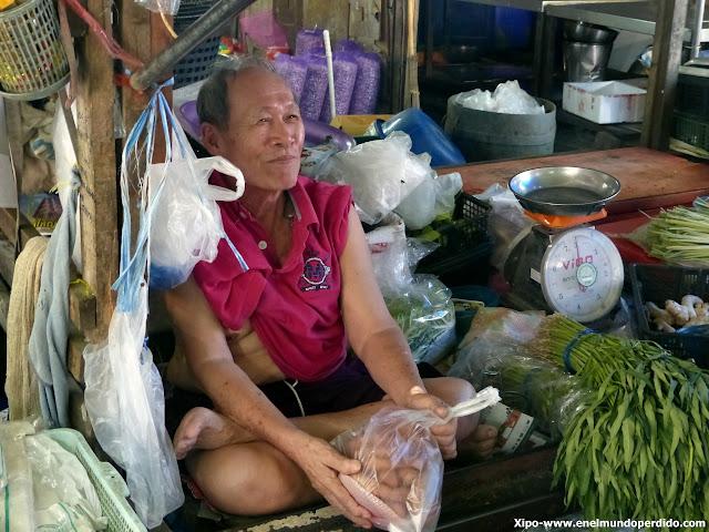 mae-klong-mercado-tren-tailandia.JPG