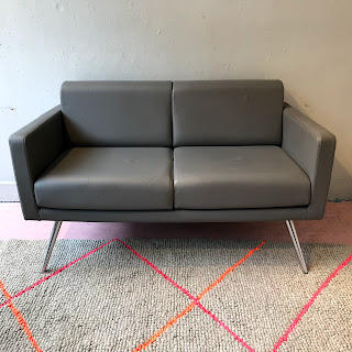Allermuir Bench Loveseat