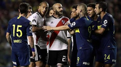 تأجيل مباراة إياب نهائي كأس ليبرتادوريس بين ناديي بوكا جونيورز مع ريفر بليت
