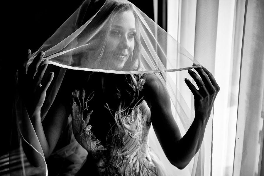 Wedding photographer Sabina Mladin (sabina). Photo of 06.02.2020
