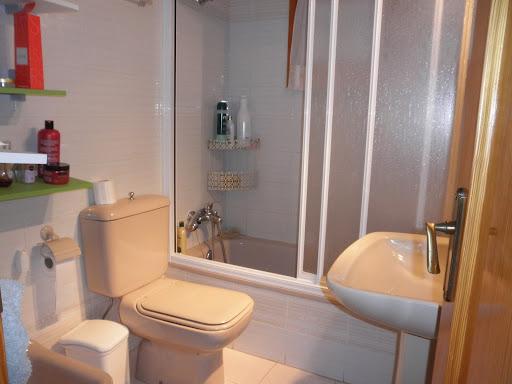 Casa en venta con 260 m2, 3 dormitorios  en Lardero