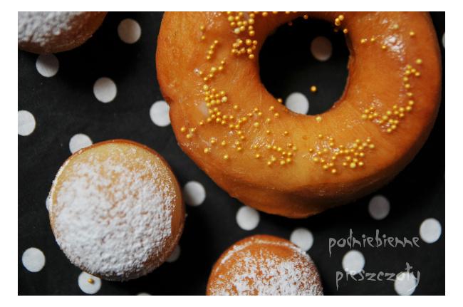 Pączki z dziurką - donuts