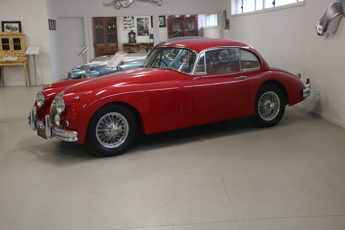 Carl_Lindner_Collection - Jaguar XK150 Coupe 04.jpg